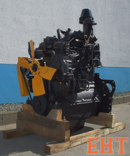 Motor Belarus MTS D243 komplett ohne Anlasser (MTS 80, 82) [ ohne Öl, Kupplungsfinger nicht voreinge